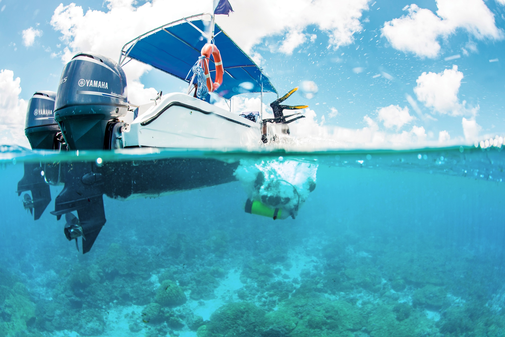 scuba diving boat seychelles