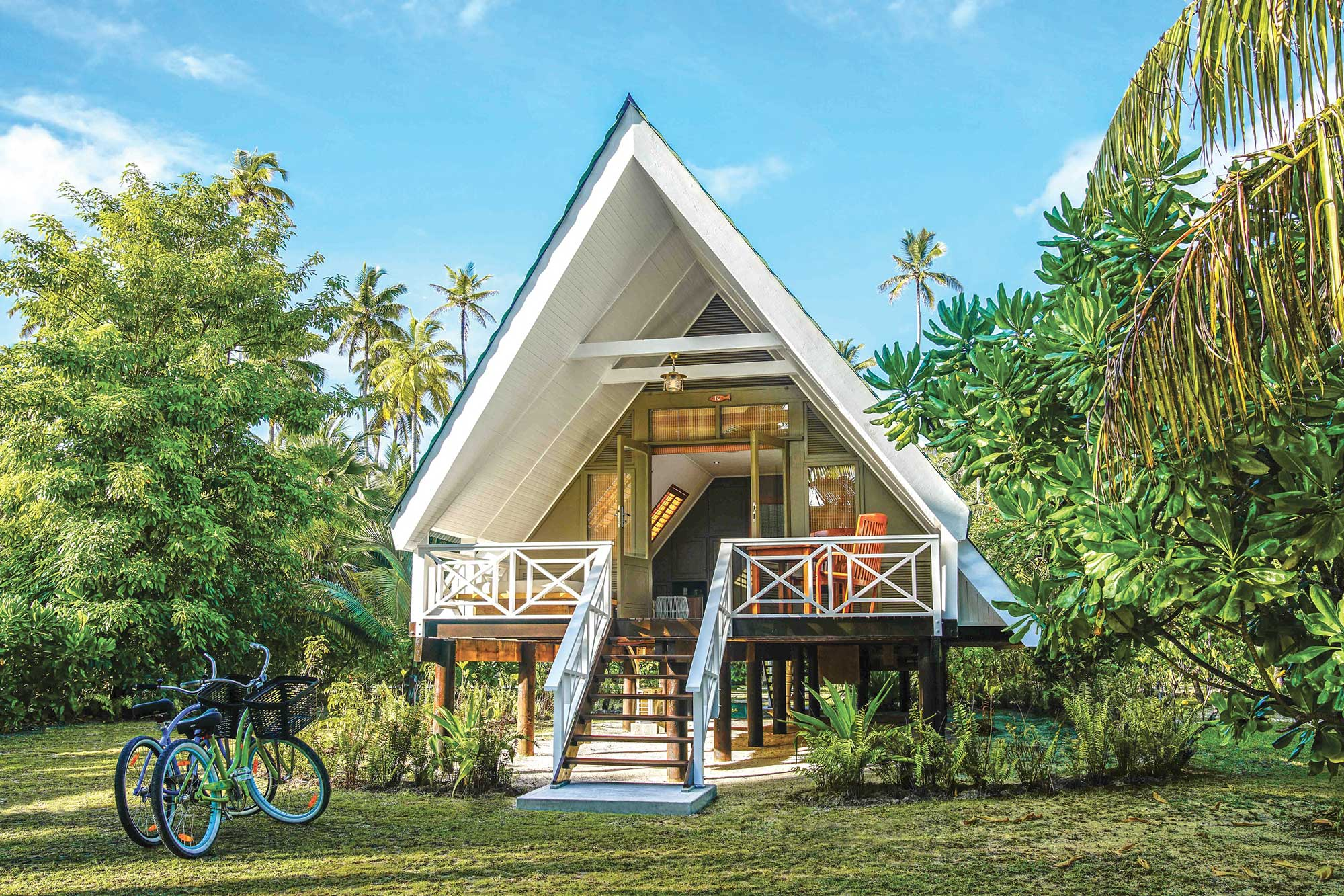 Alphonse island beach bungalow accommodation - What is a bungalow ...